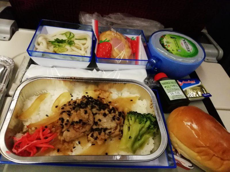香港航空機内食